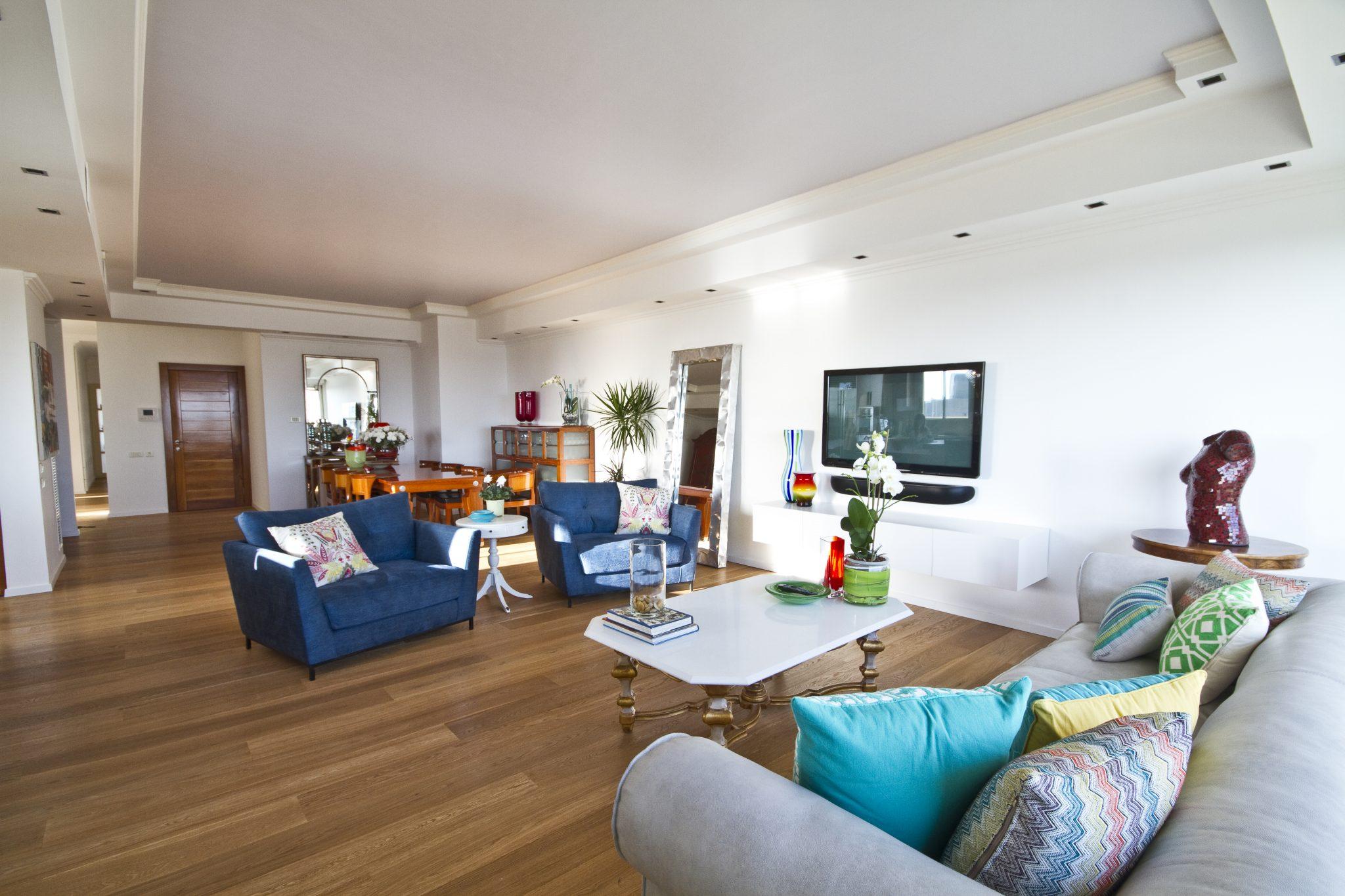תמונה של הסלון מתוך הפרוייקט
