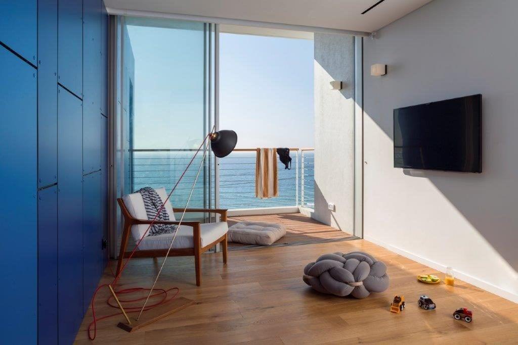 פרקט מעוצב באחד מחדרי הבית